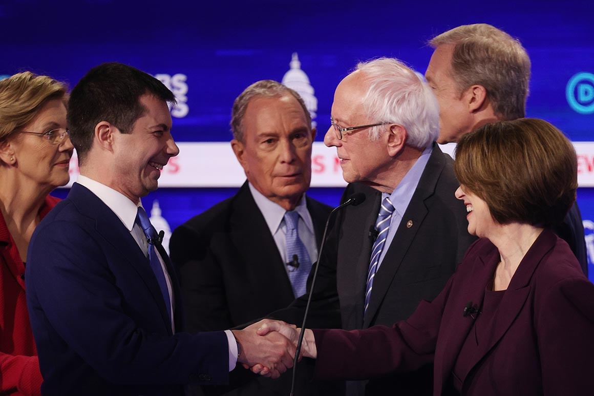 Democratic presidential candidates shake hands after the 10th primary debate. (Image Win McNamee/Getty Images)