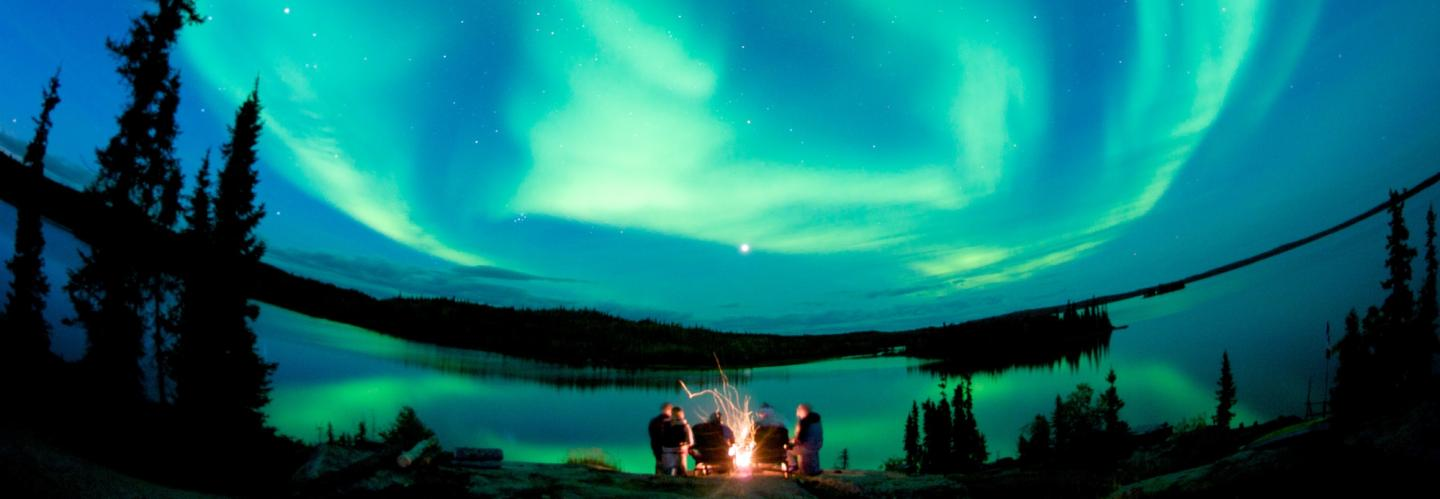 The Lights show at fly-in Blachford Lake Lodge in the Northwest Territories. (image Tessa MacIntosh)